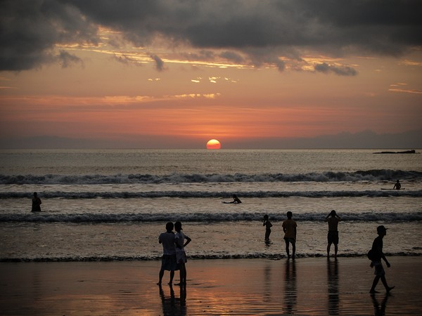 photo bali kuta beach