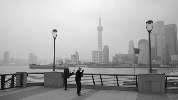 photo bund shanghai tai shi