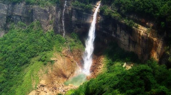 Nohkalikai chutes Inde Photos