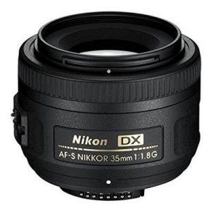 objectif compatible Nikon d3500